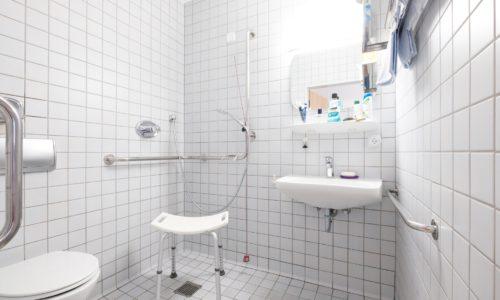 Kreisaltenheim Grabenstätt - Badezimmer