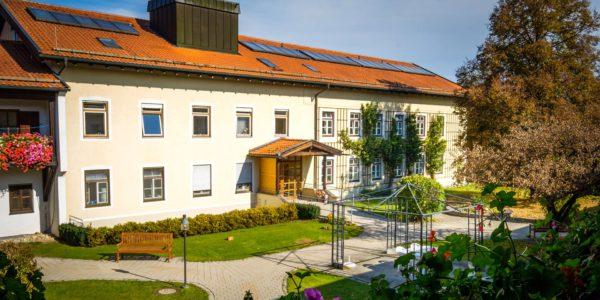 Kreisaltenheim Palling - Außenansicht
