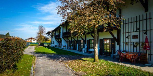 Kreisaltenheim Palling - Seitliche Ansicht